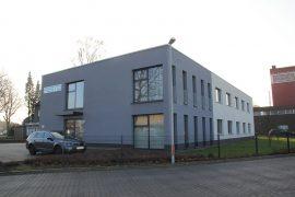 Festo – Bürogebäude mit Halle